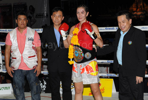 Pictured with my late trainer Pet, Eminent Air boss Mr. Somboon Niruttimetee and promoter Mr. Chun Kiatpetch after winning the 126lb WPMF title, Sanam Luang, Bangkok.